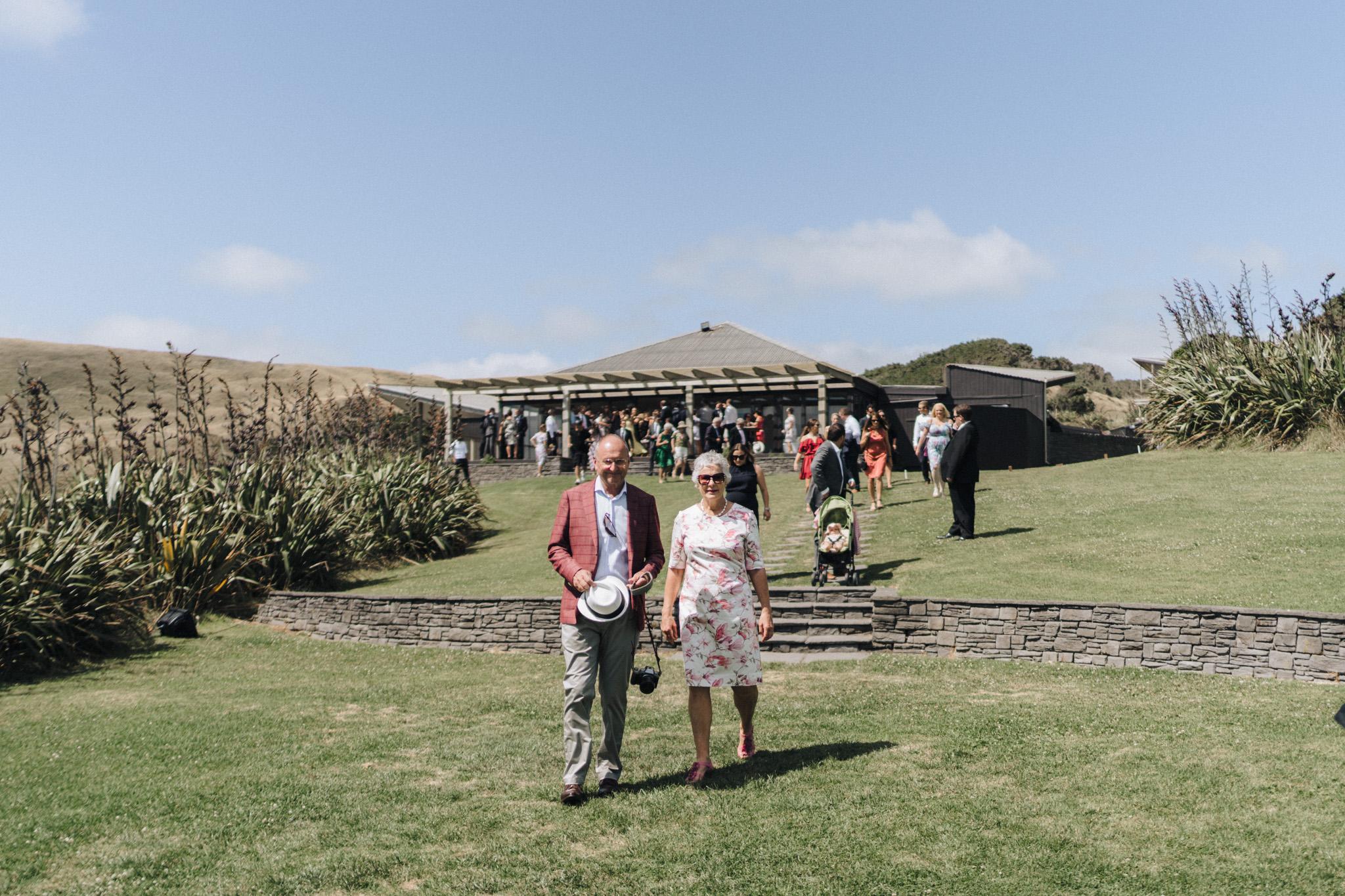 newfound-h-m-castaways-waiuku-auckland-wedding-photographer-108