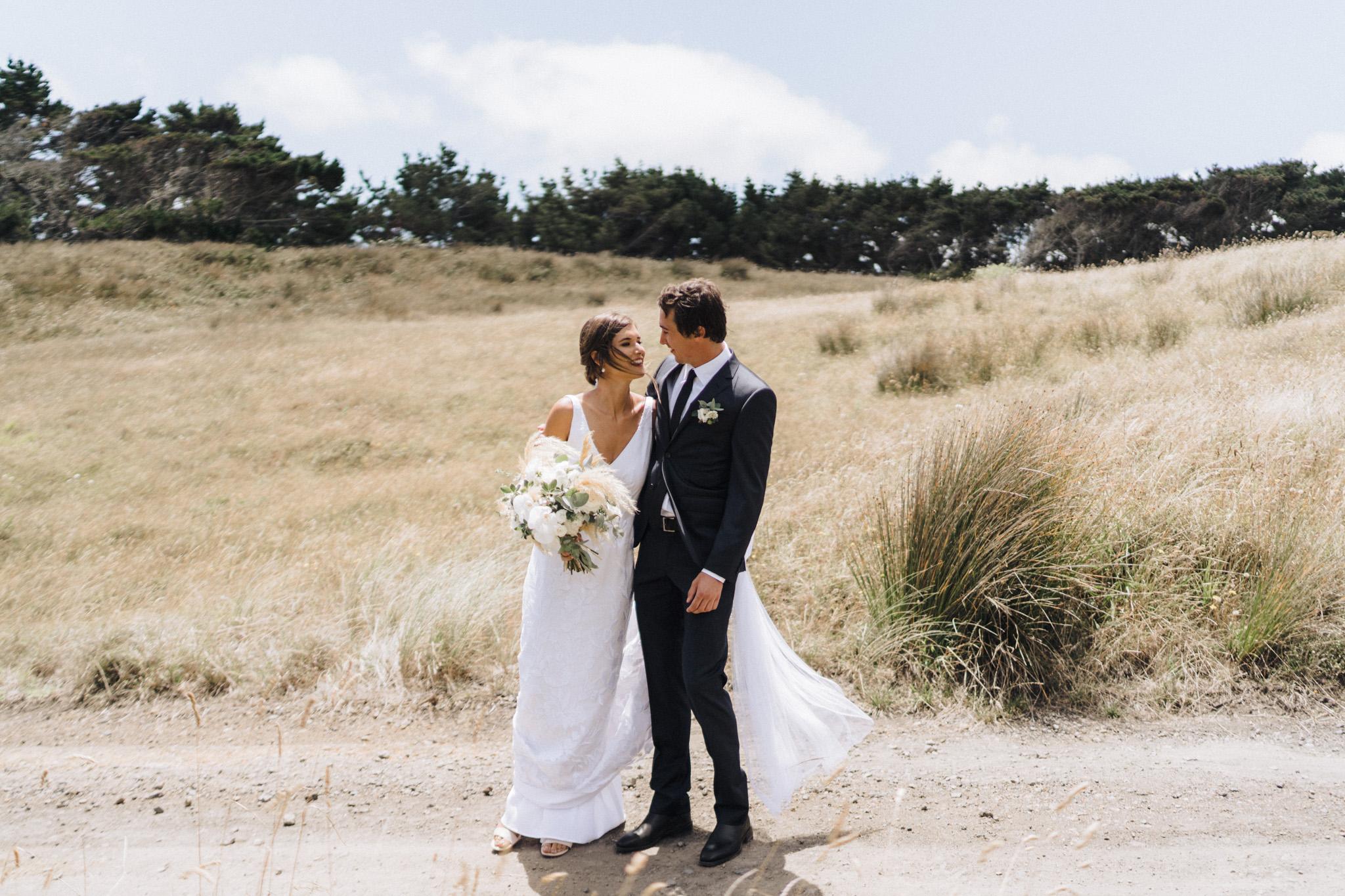 newfound-h-m-castaways-waiuku-auckland-wedding-photographer-36