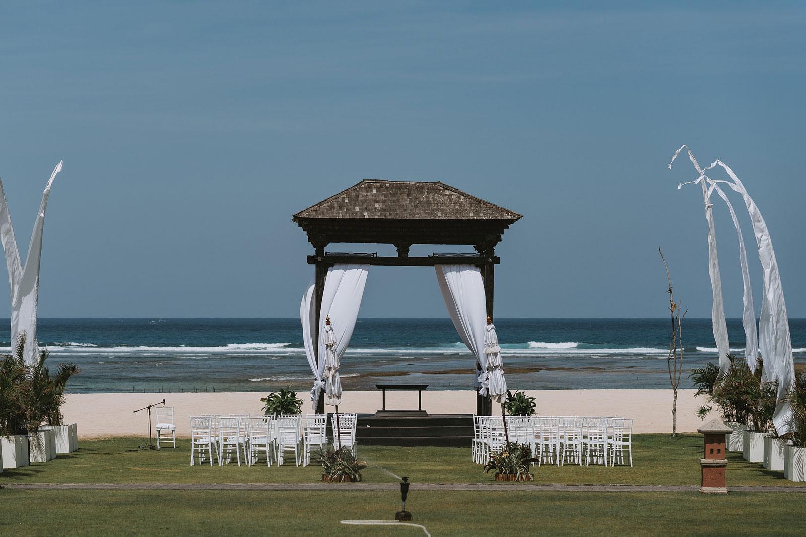 newfound-j-j-bali-nusa-dua-wedding-wedding-photographer-020-a