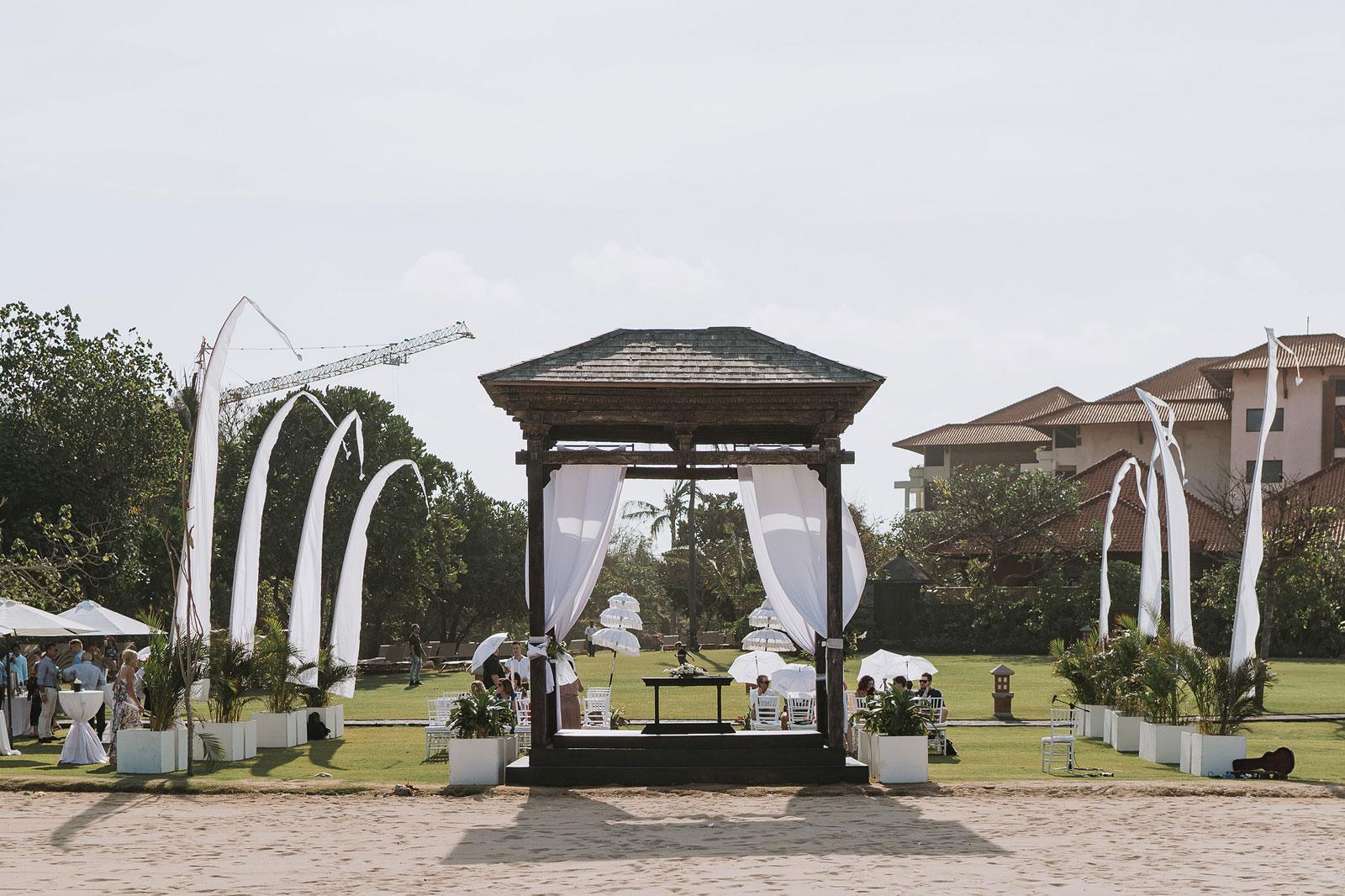 newfound-j-j-bali-nusa-dua-wedding-wedding-photographer-042-a
