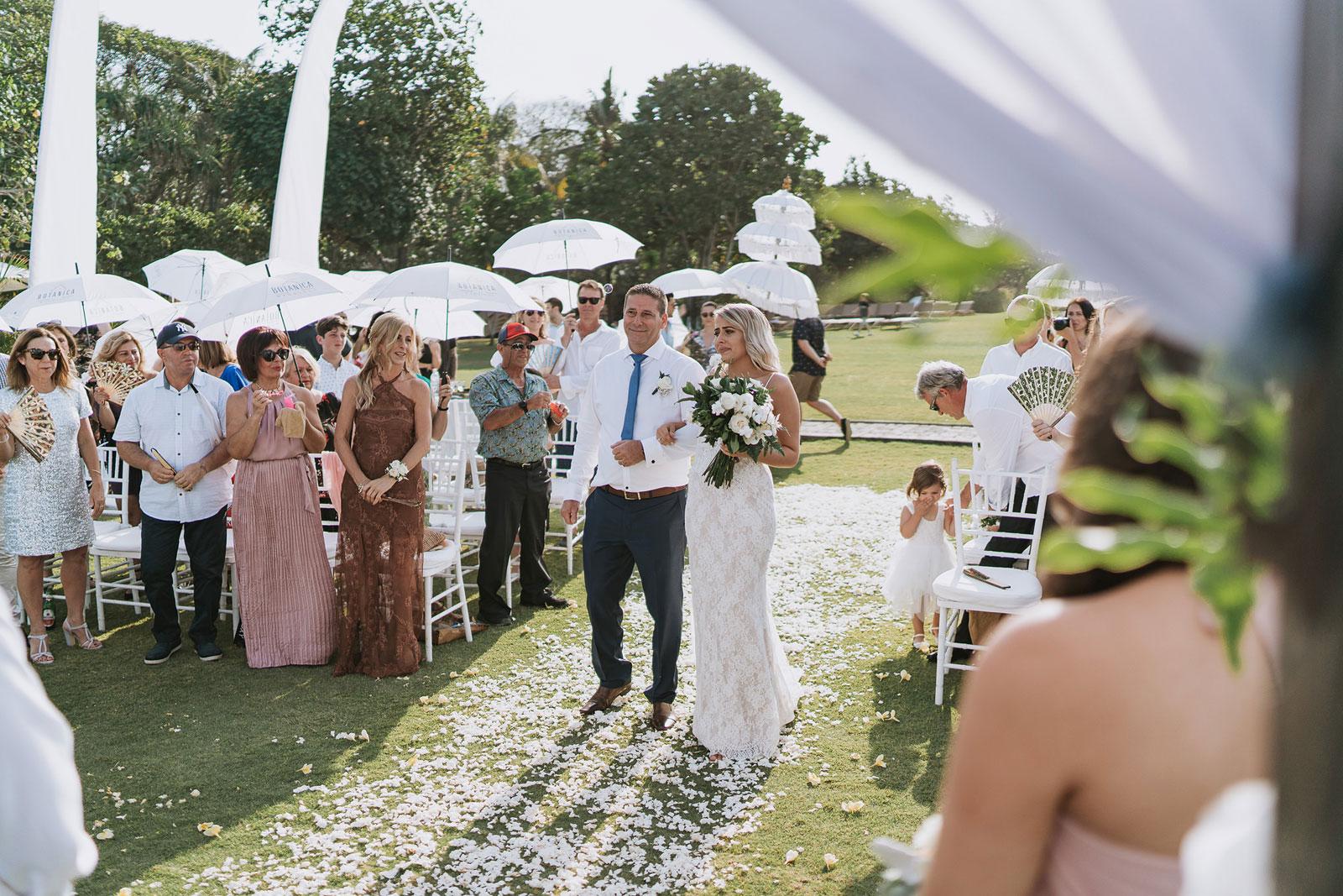 newfound-j-j-bali-nusa-dua-wedding-wedding-photographer-043-a