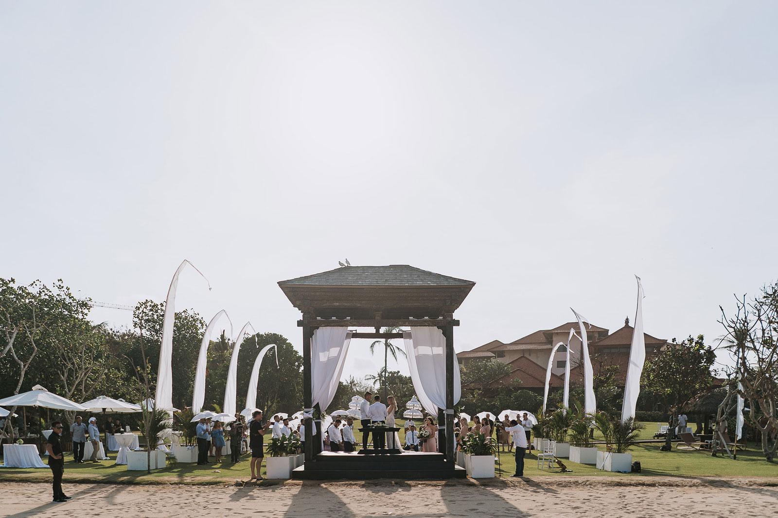 newfound-j-j-bali-nusa-dua-wedding-wedding-photographer-045-a