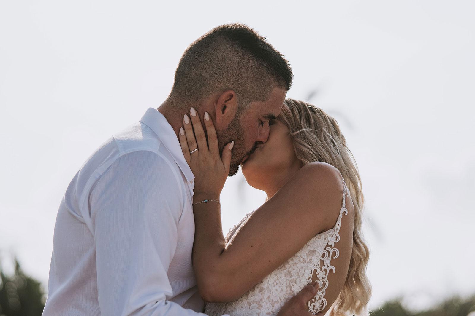 newfound-j-j-bali-nusa-dua-wedding-wedding-photographer-050-a
