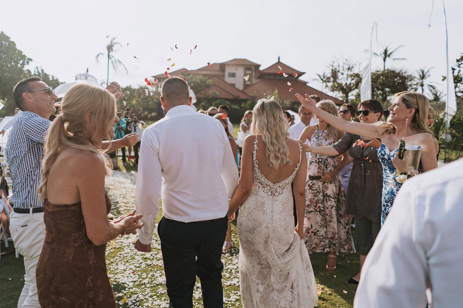 newfound-j-j-bali-nusa-dua-wedding-wedding-photographer-053-a