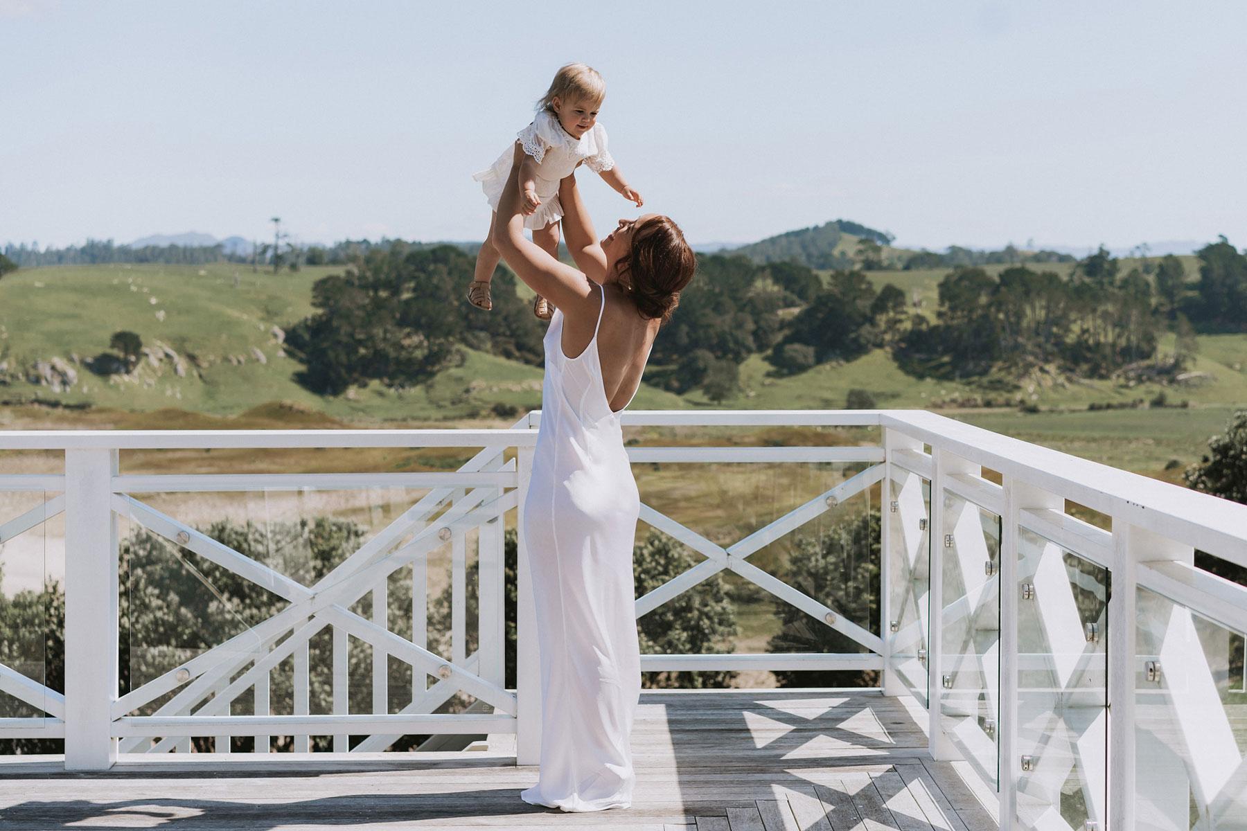 newfound-j-n-orua-beach-house-coromandel-wedding-photographers-151