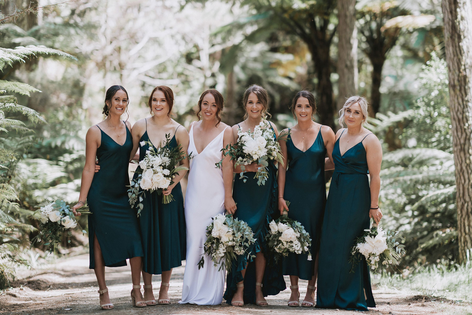 newfound-j-n-orua-beach-house-coromandel-wedding-photographers-322