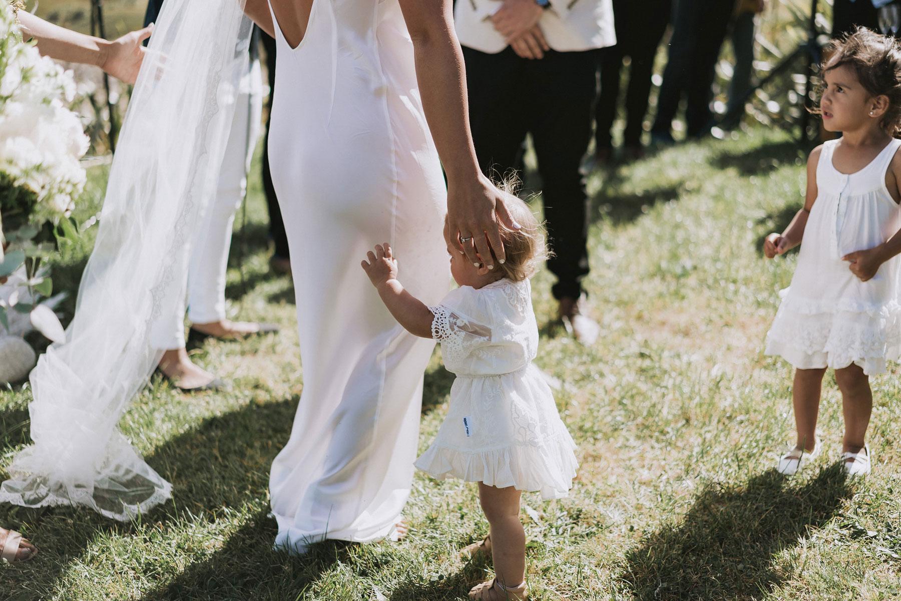 newfound-j-n-orua-beach-house-coromandel-wedding-photographers-410