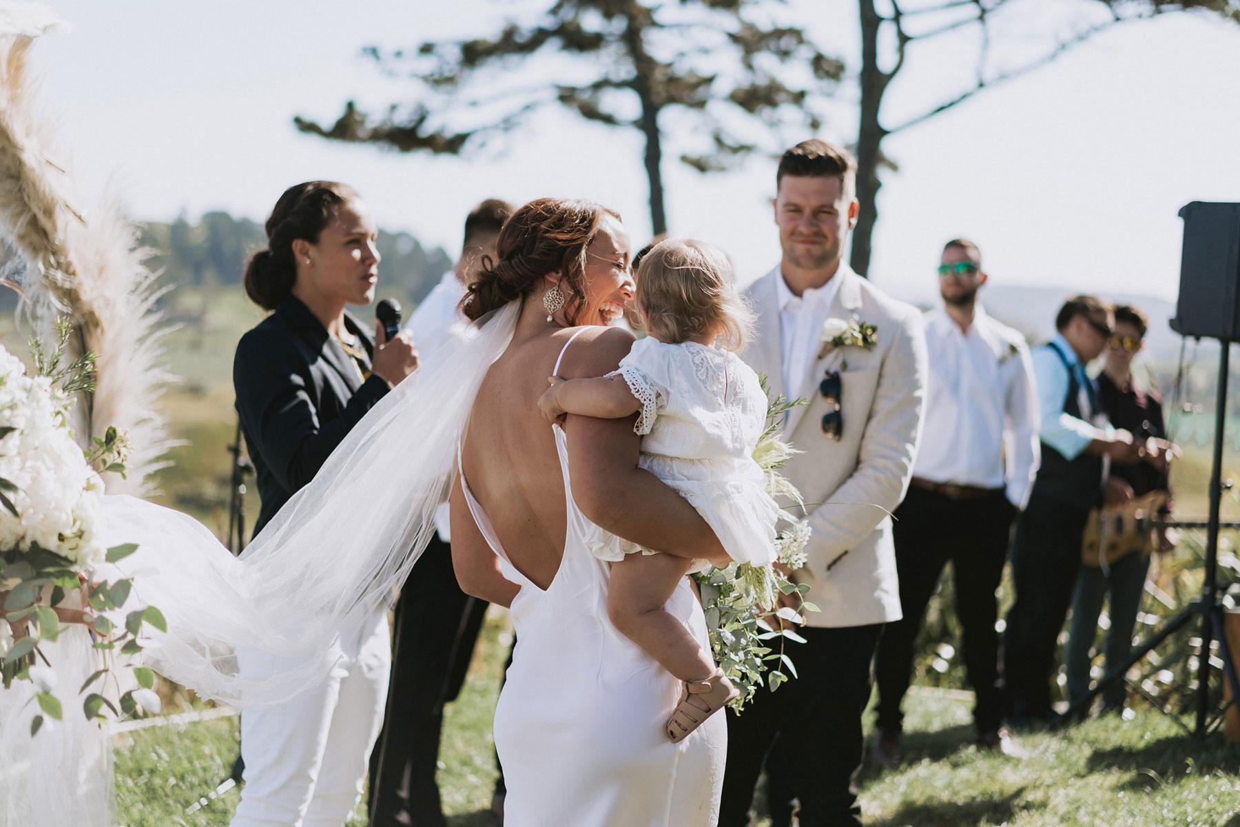 newfound-j-n-orua-beach-house-coromandel-wedding-photographers-415