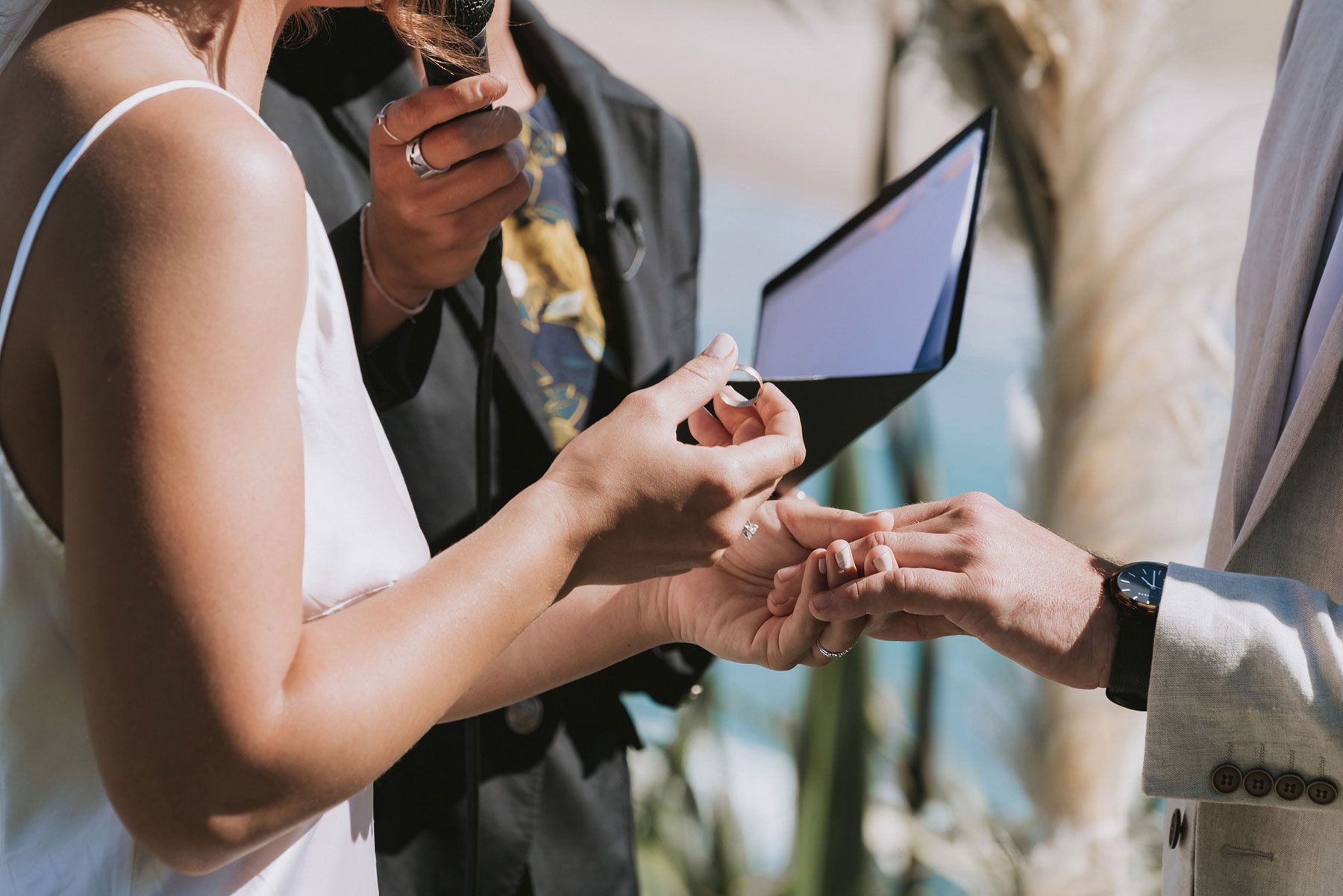 newfound-j-n-orua-beach-house-coromandel-wedding-photographers-458