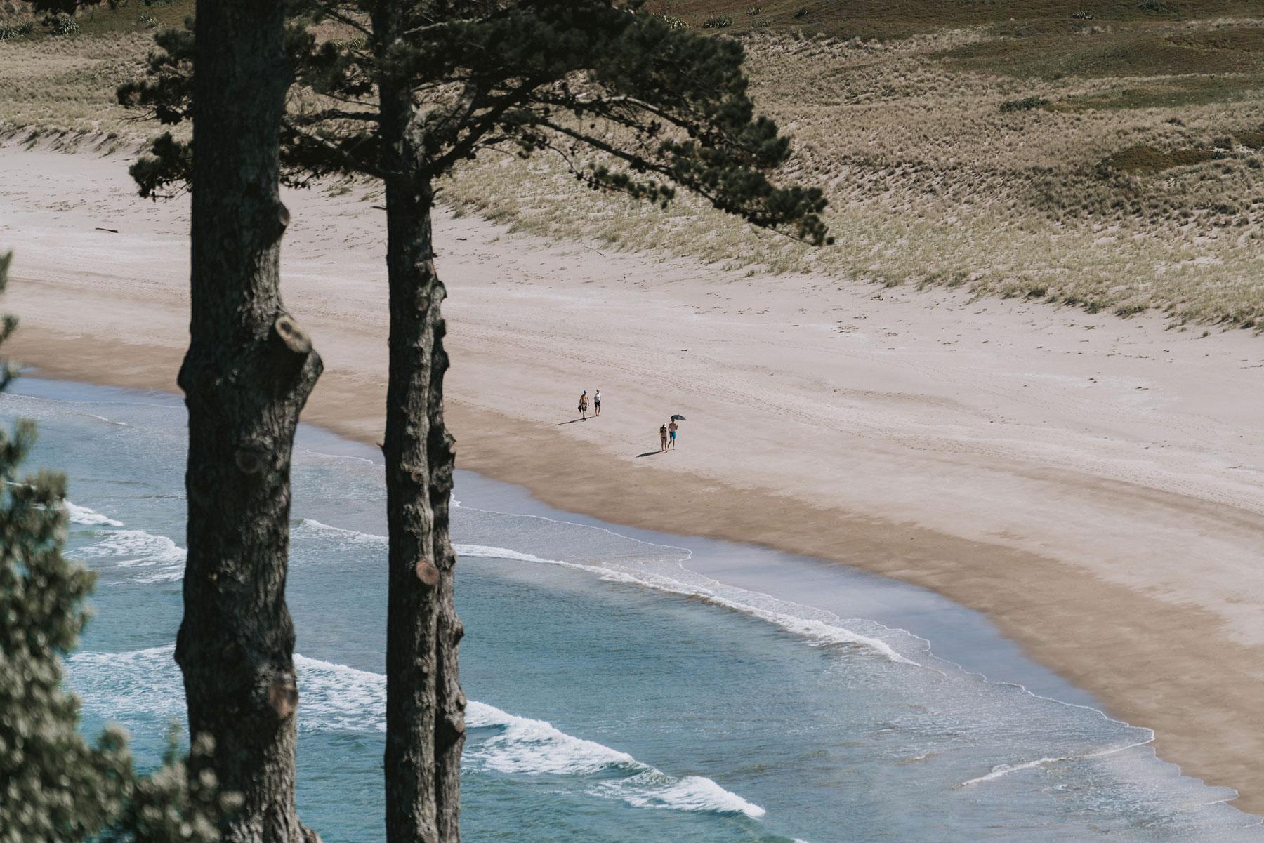 newfound-j-n-orua-beach-house-coromandel-wedding-photographers-6
