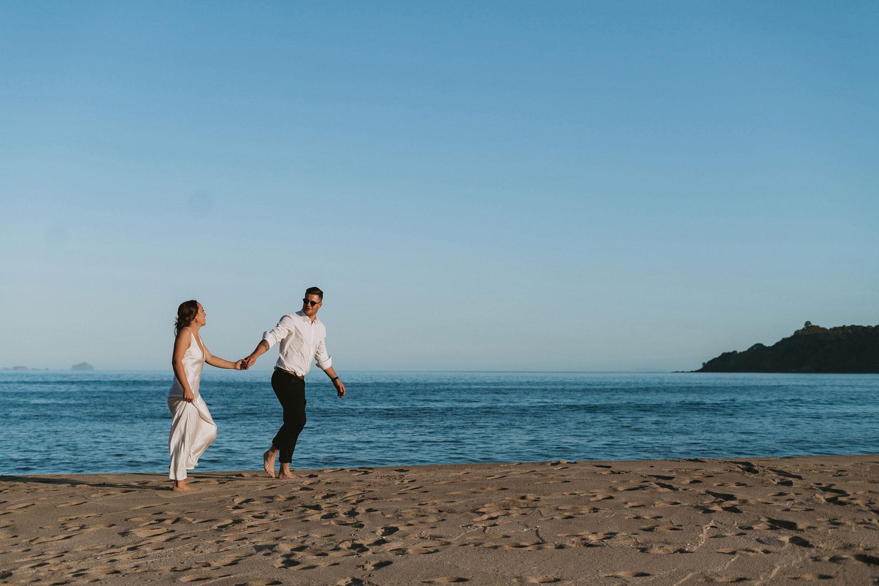 newfound-j-n-orua-beach-house-coromandel-wedding-photographers-691