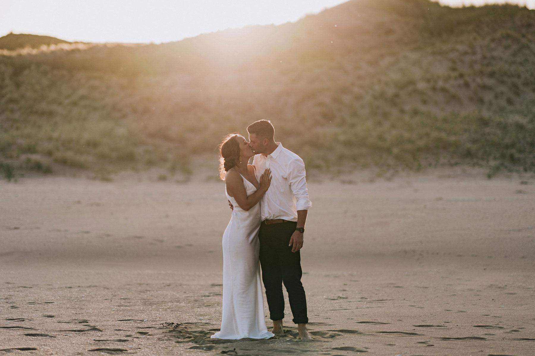 newfound-j-n-orua-beach-house-coromandel-wedding-photographers-724-1