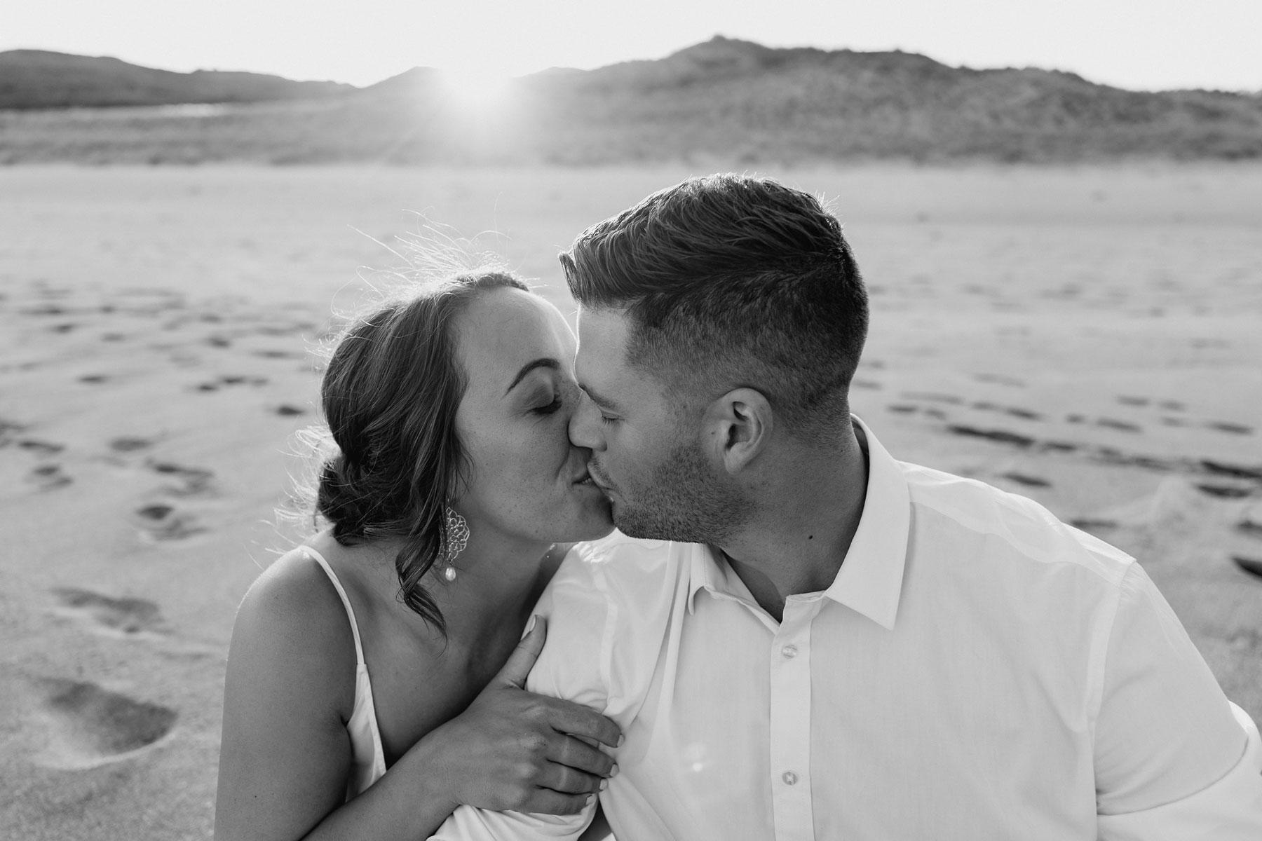 newfound-j-n-orua-beach-house-coromandel-wedding-photographers-767A