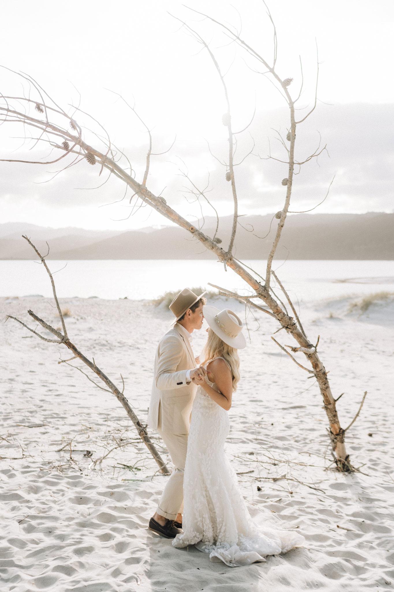 newfound-k-b-coromandel-wedding-photographers-091