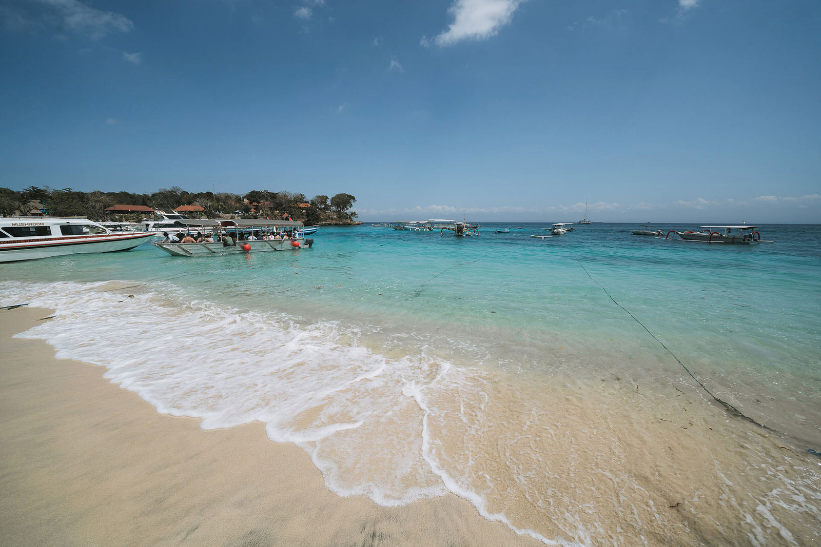 newfound-hai-tide-nusa-lembongan-bali-wedding-photographers-002