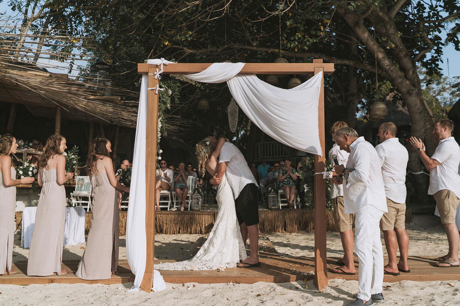 newfound-hai-tide-nusa-lembongan-bali-wedding-photographers-119