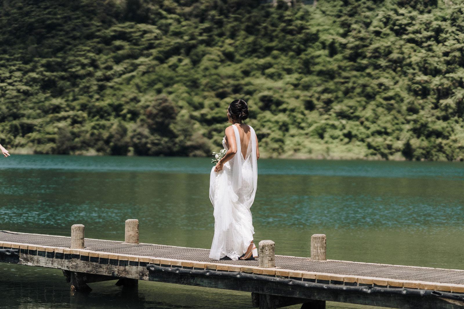 newfound-n-w-black-barn-tarawera-rotorua-wedding-photographer-222