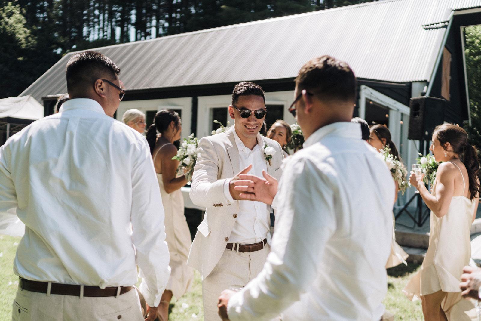 newfound-n-w-black-barn-tarawera-rotorua-wedding-photographer-593