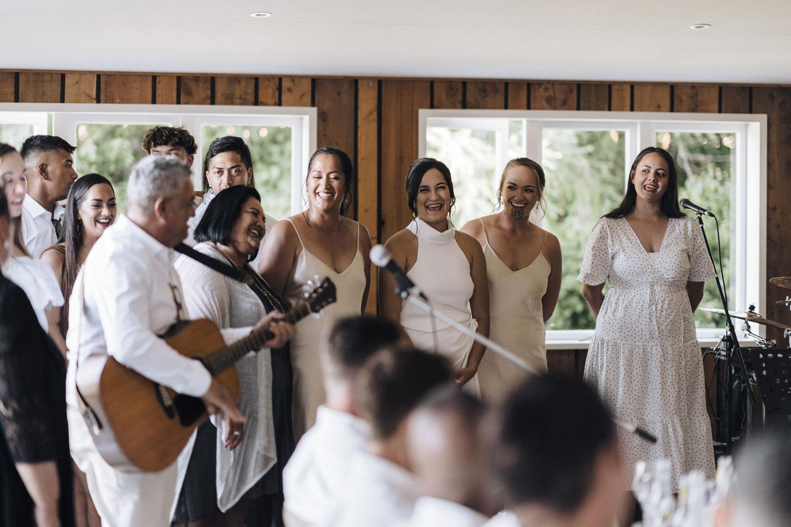 newfound-n-w-black-barn-tarawera-rotorua-wedding-photographer-808
