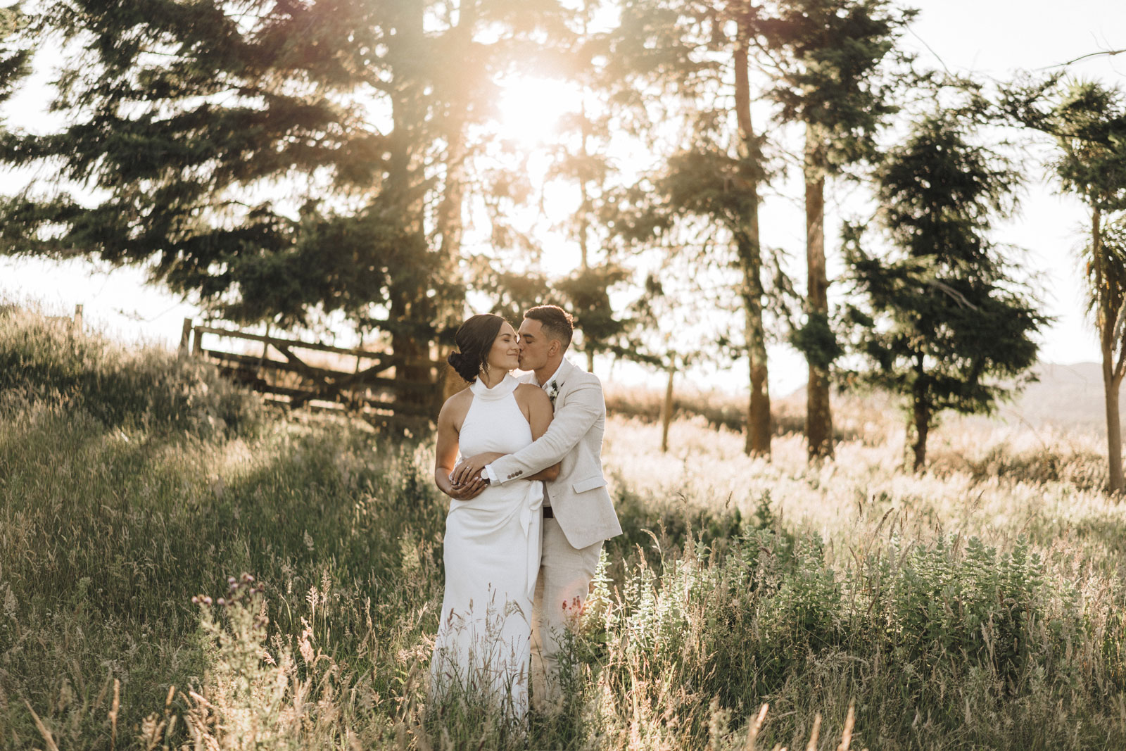 newfound-n-w-black-barn-tarawera-rotorua-wedding-photographer-846