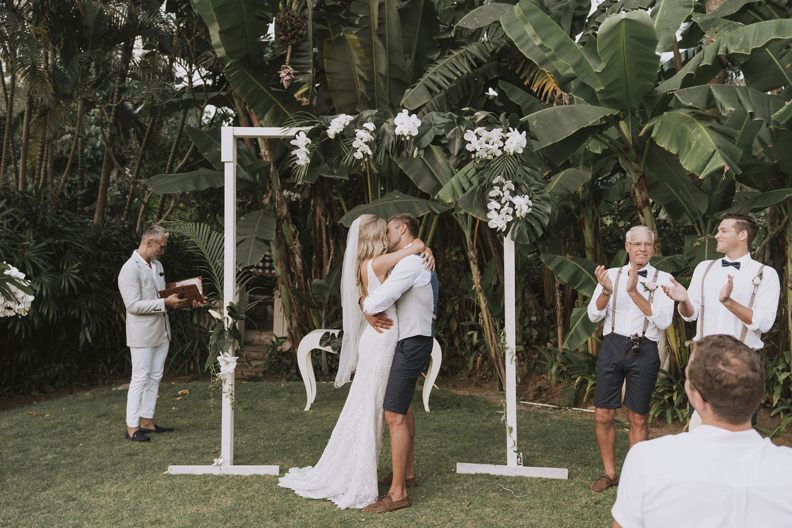 newfound-t-k-canggu-bali-ubud-wedding-photographer-468